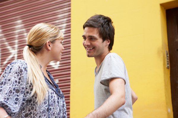 8 ways to know youre dating a guy with commitment issues