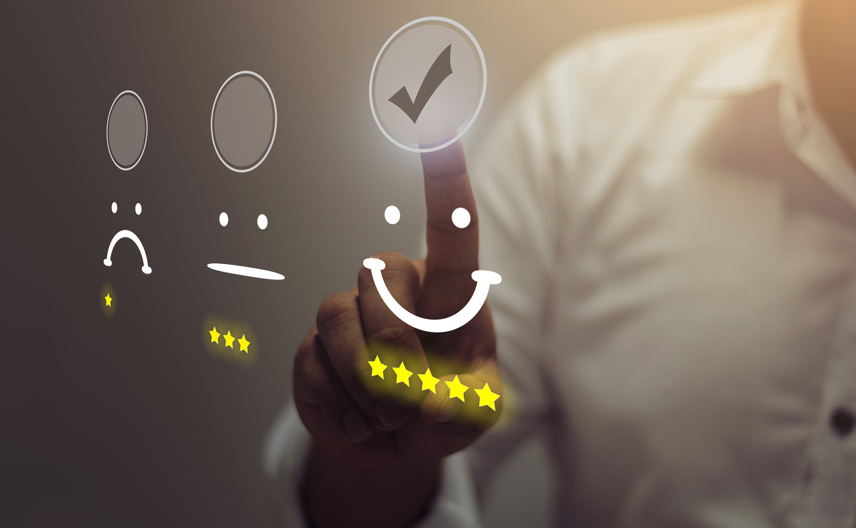 Combination Of Customer Experience Management (CXM) And CRM Better Solutions For Sales