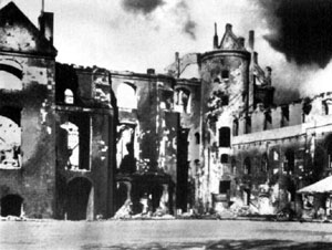 koenigsberg_castle_after_fire