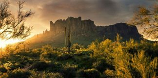 Superstition mountains - Home of Lost Dutchman's gold mine