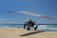Airborne XT-912 landing on the Beach