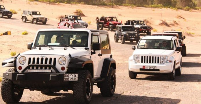 Convoy of 4x4s during 2009 Jeep Jamboree