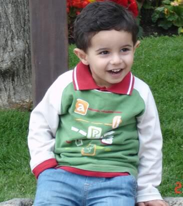 نواف بن ماجد محمد الشايع :: الرياض،هوايته جمع الألعاب