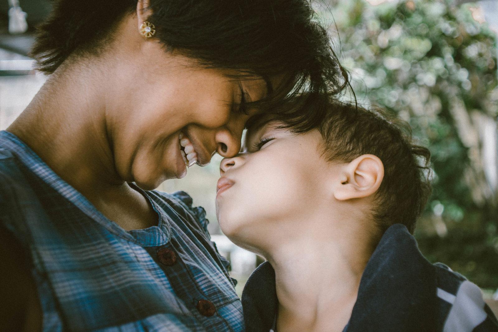 Escuela de padres: ¿Cómo le explico a mis hijos los tiempos que estamos viviendo?