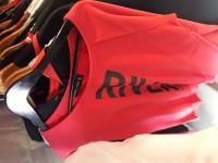 pulover de dama.. 700. talles xs al xL. disponibles en rojo, gris y negro!