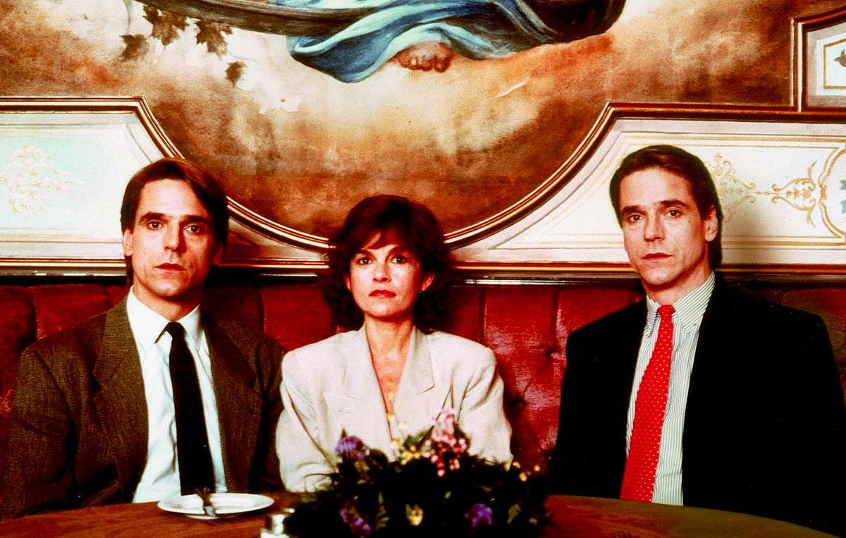 Geneviève Bujold and Jeremy Irons in [em]Dead Ringers[/em]