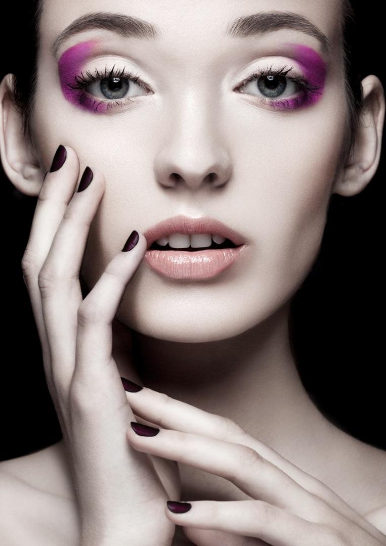 retoucher-denis-michaliov model-emilija-budginaite makeup color model skin eyelashes studio bescouted talent