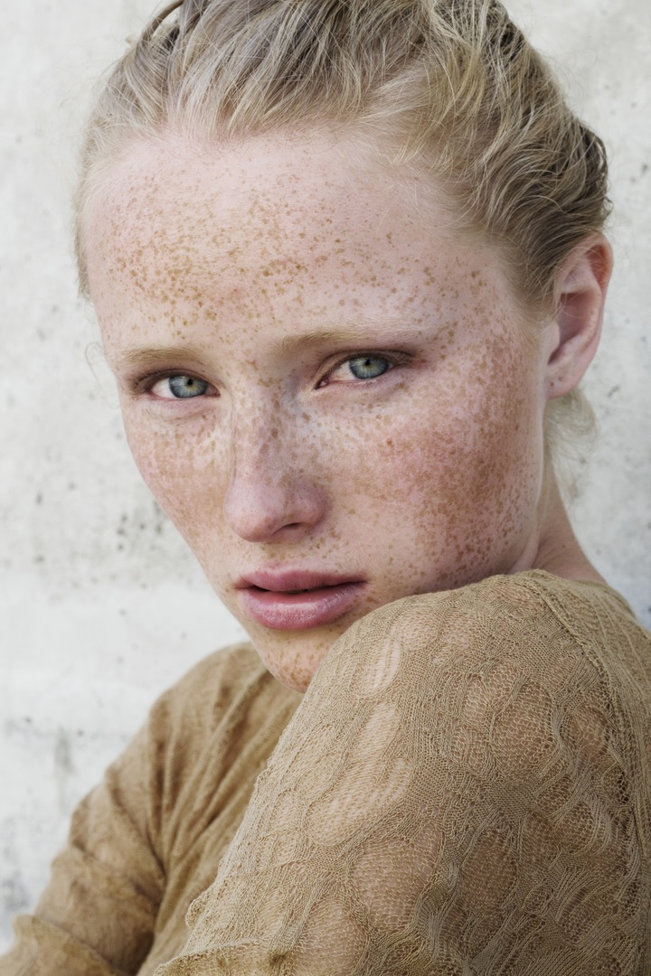 freckles model portrait photography talent member bescouted find