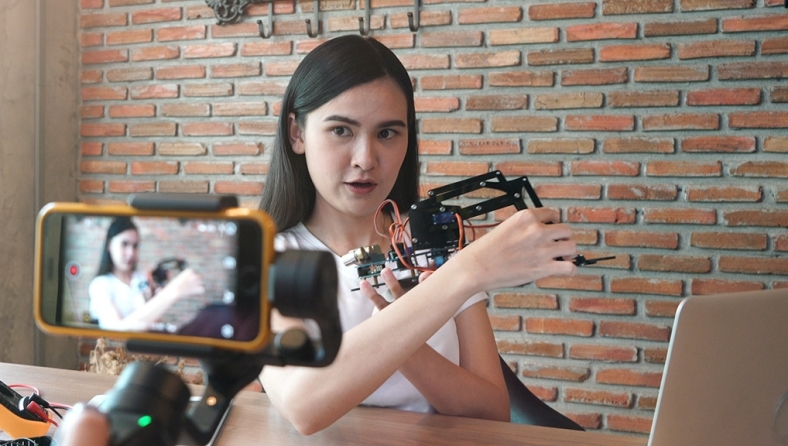 Creating Customized Video Clips using Gemiini