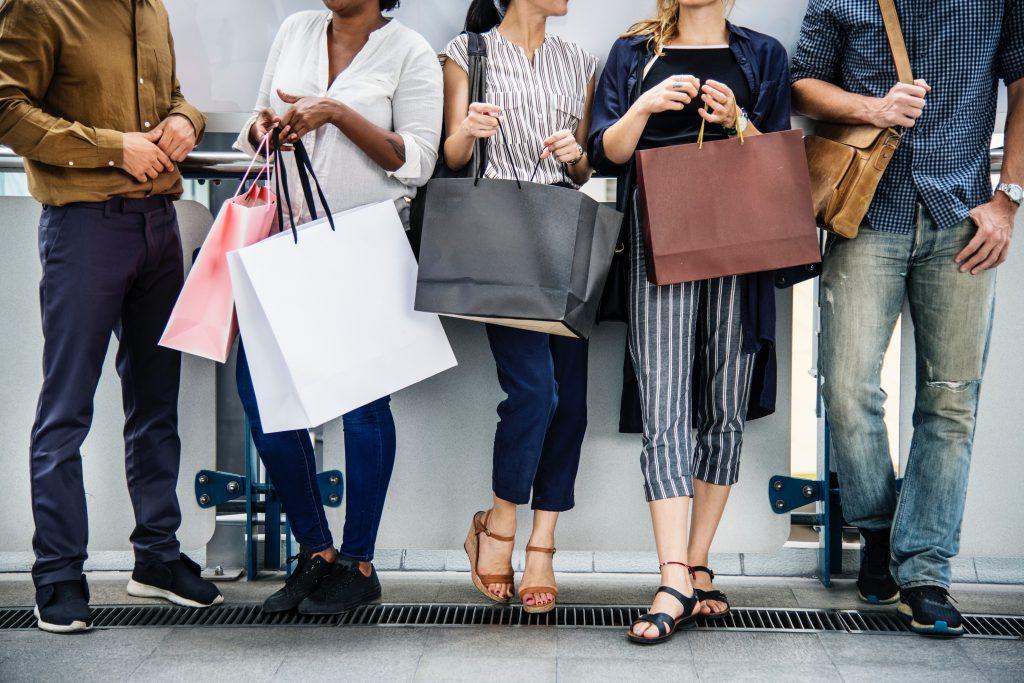 shopping-fashion-fast-fashion-eco-fashion-sustainable-fashion