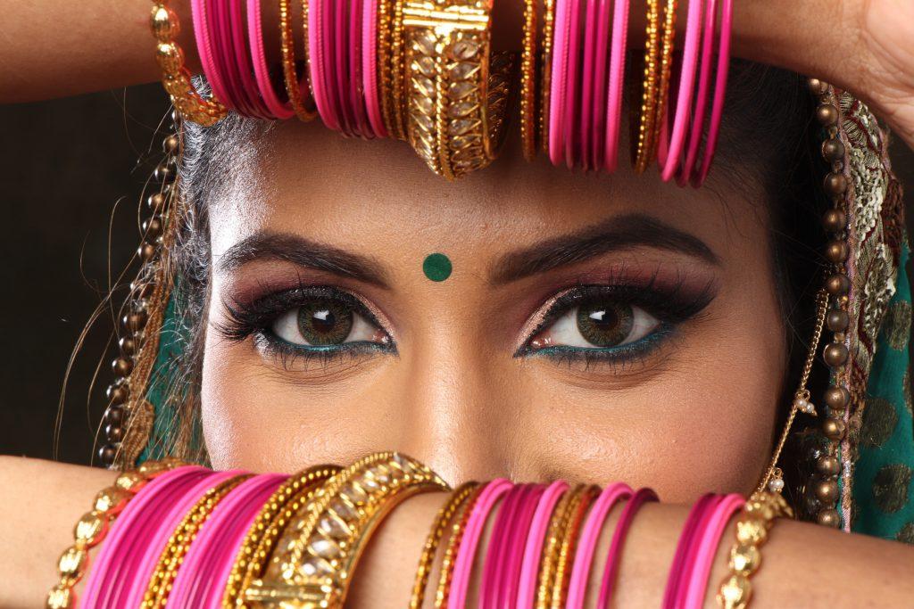 kohl-lined-eyes-vapour-organic-beauty-eyeliner-eco-beauty-organic-beauty