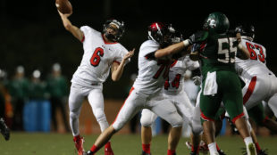Eaglecrest Raptors beat Smoky Hill Buffaloes 49-7 in the A-Town Game of the Week on Sept. 1, 2016, at Stutler Bowl (Photo by Gabriel Christus/Aurora Sentinel)