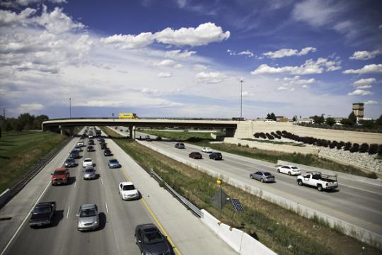 Traffic I-225