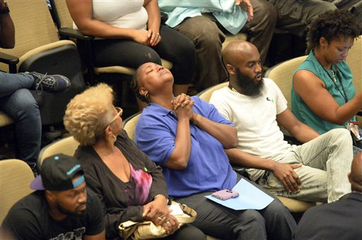 Experts point to brain injury in N Carolina police shooting class=
