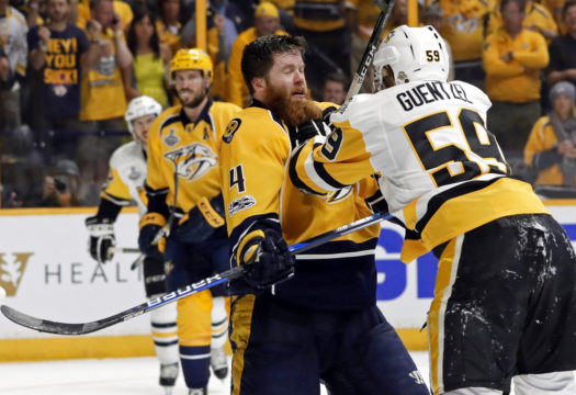 Rinne's 'soccer save' sticks it to Penguins' top line