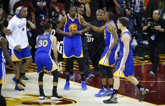 Durant's three sinks Cavaliers