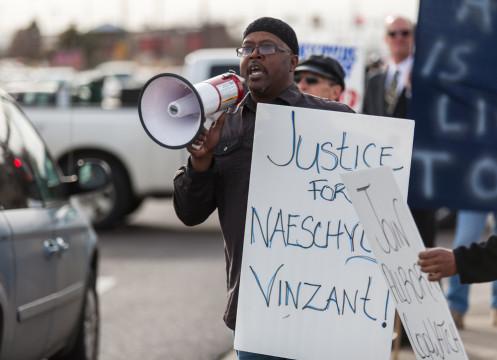 Naeschylus Vinzant Protest