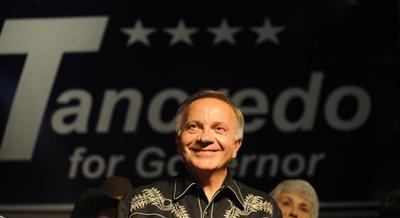 Tom Tancredo won~t de_Petr