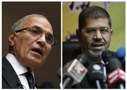 Ahmed Shafiq, Mohammed Morsi