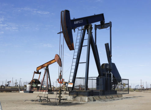 Oil prices pause after sharp falls