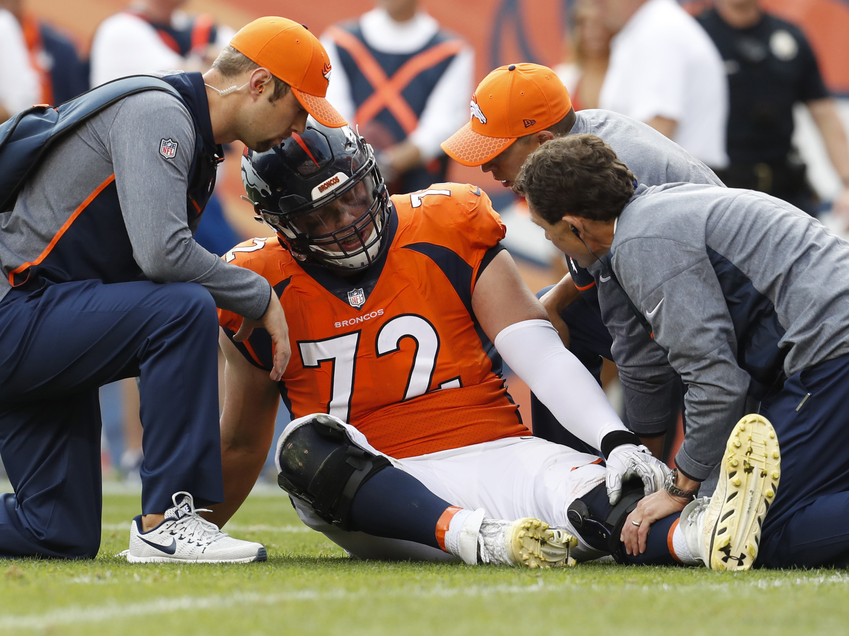 Broncos' OL Garett Bolles returns to practice 4 days after leg injury