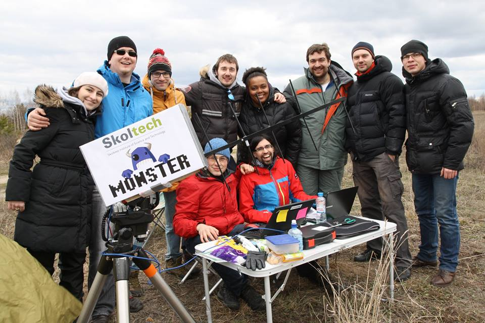 10. the entire team with the ground station