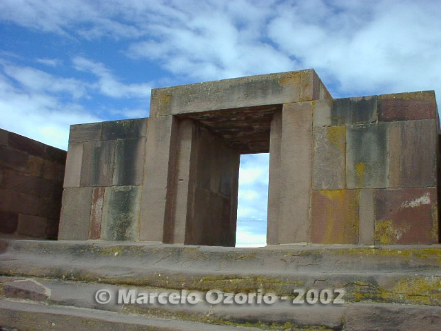 tiwanaku archaeological site bolivia 46 - Tiwanaku, pre-columbian archaeological and world heritage site at Bolivia