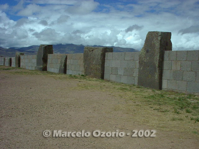 tiwanaku archaeological site bolivia 53 - Tiwanaku, pre-columbian archaeological and world heritage site at Bolivia