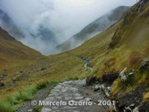 Warmiwanusca Abra (4,200m Dead Woman's Pass)