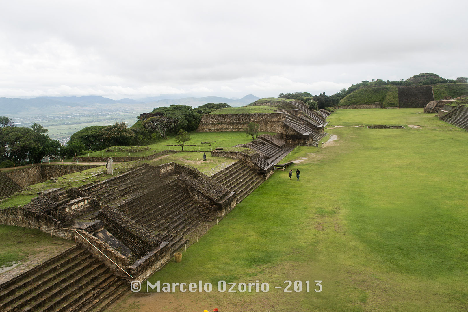 monte-alban-several-terraces