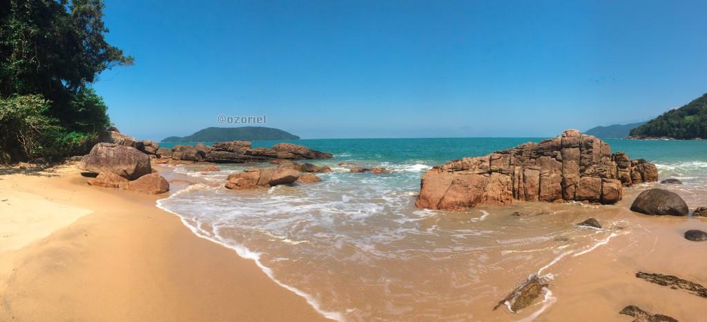 ubatuba brazilian tropical beaches 11 1024x467 - Esfrie a Cabeça nas Praias Tropicais de Ubatuba - Brasil