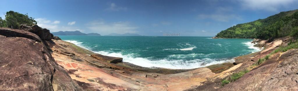 ubatuba brazilian tropical beaches 4 1024x313 - Esfrie a Cabeça nas Praias Tropicais de Ubatuba - Brasil