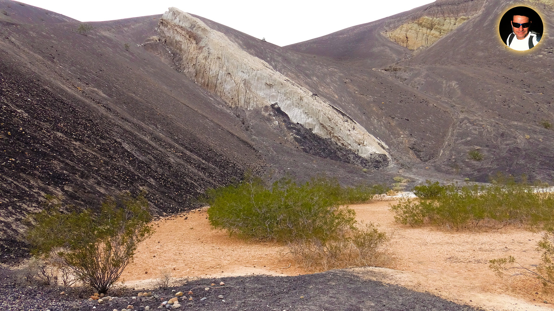 death valley national park ubehebe crater22 - Ubehebe, Cratera Multicolorida em Death Valley