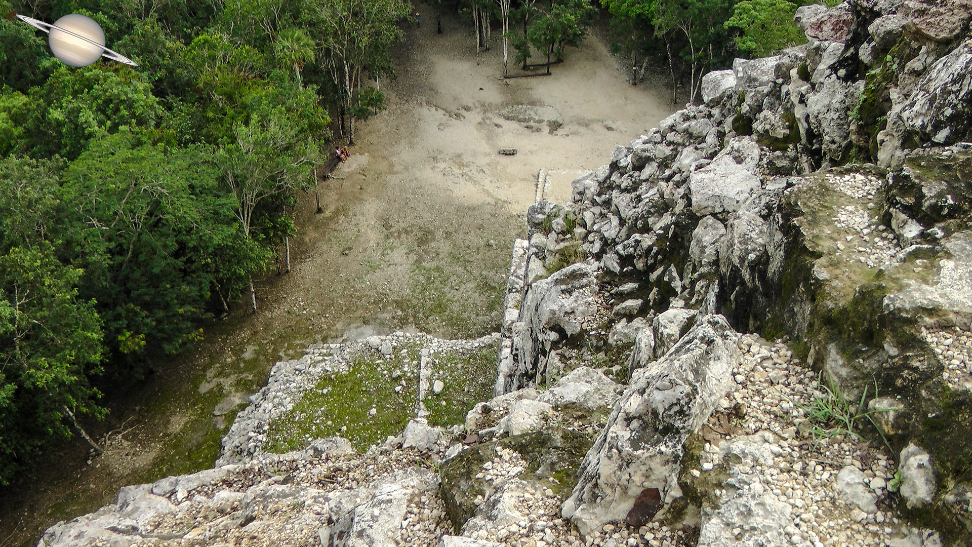 coba yucatan mexico 19 - Suba uma Pirâmide em Coba, Antiga Cidade Maia, México