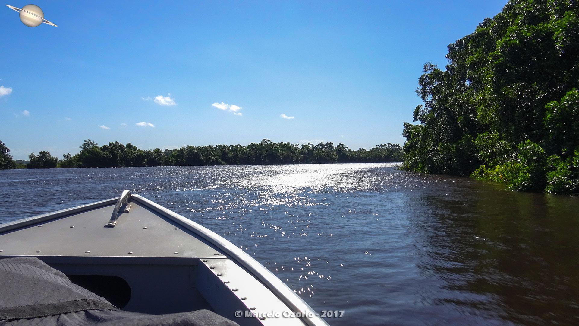 Descendo de Lancha no Rio Preguiças