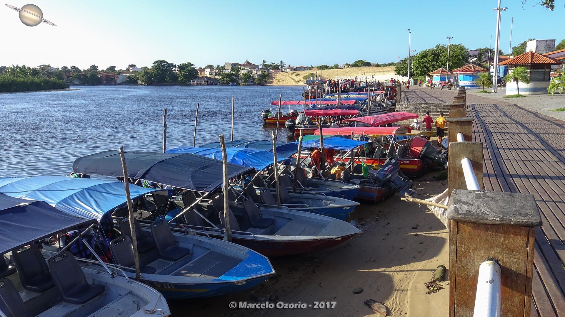 barreirinhas descendo rio preguicas atins 1 - De Barreirinhas à Canto do Atins. Trekking nos Lençóis Maranhenses - Brasil
