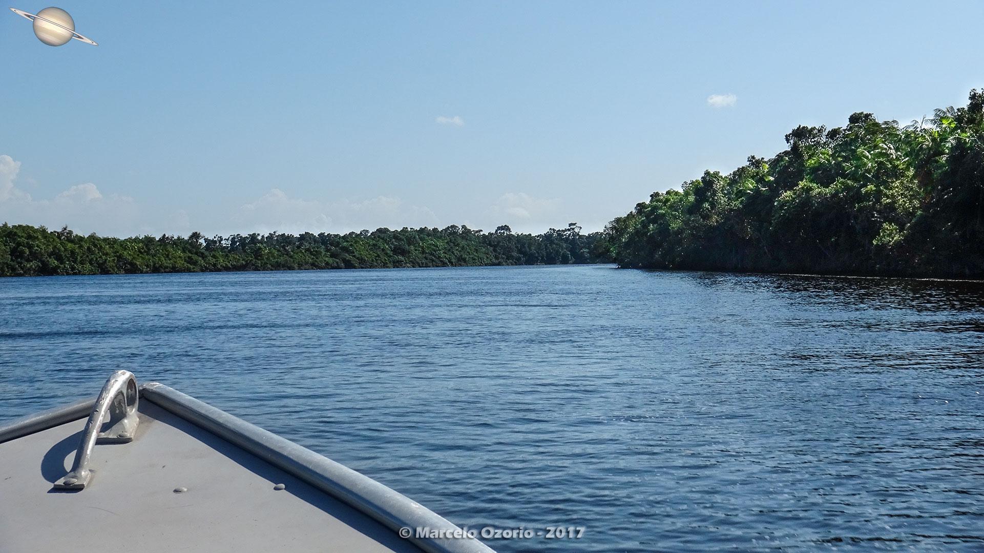 barreirinhas descendo rio preguicas atins 12 - De Barreirinhas à Canto do Atins. Trekking nos Lençóis Maranhenses - Brasil