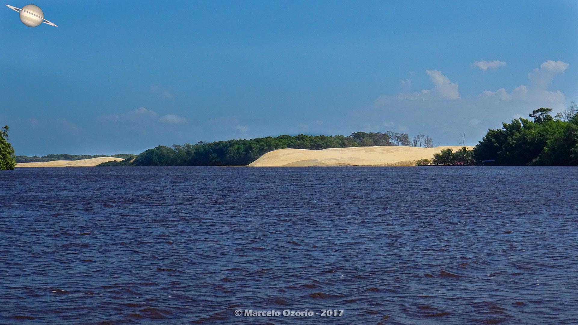 barreirinhas descendo rio preguicas atins 15 - De Barreirinhas à Canto do Atins. Trekking nos Lençóis Maranhenses - Brasil