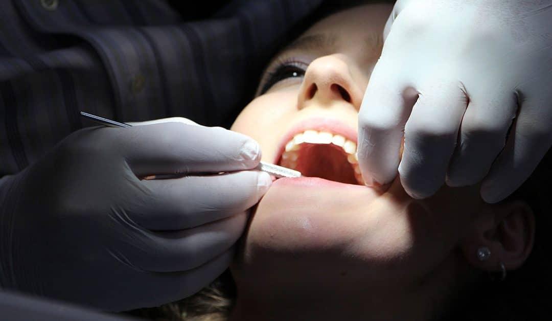 Como cuidar bem dos dentes