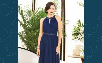 Vestidos azul-marinho para madrinhas: veja modelos de babar!