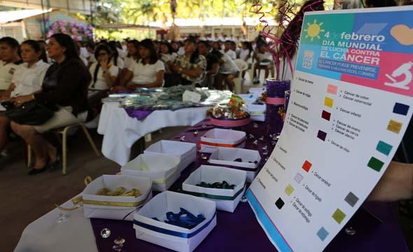 Este 4 de febrero estudiantes del INIM y personal del Hospital Nacional de San Miguel conmemoran Día Mundial de la  lucha contra el  cáncer