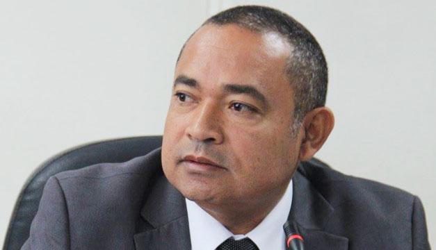 Mauricio-Ramirez-Landaverde-ministro-de-Seguridad