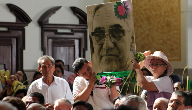 Monsenor-Romero2