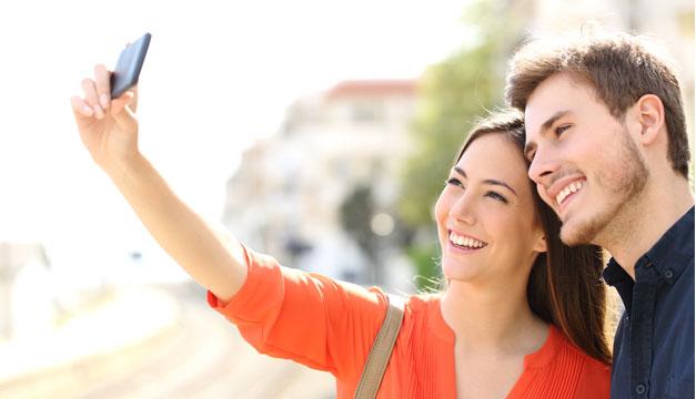 pareja selfies