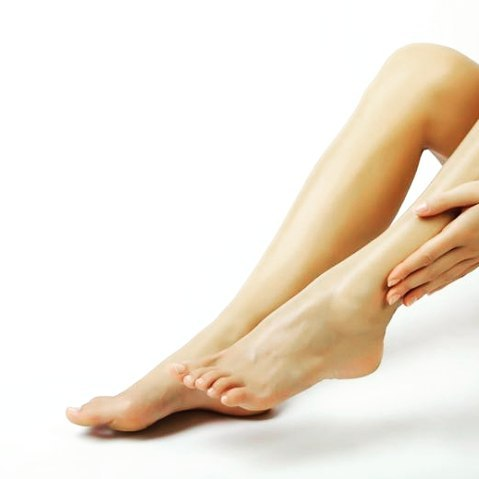 10 Ways To Treat Dry, Cracked, Peeling Feet