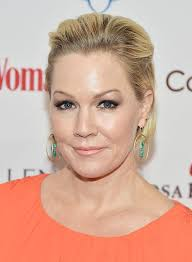 Who Is Jennie Garth? Wiki, TV Show, Net Worth, 'Beverly Hills 9020' And Facts You Need To Know