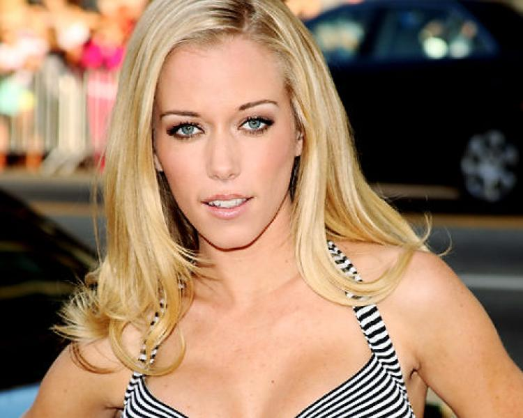 Kendra Wilkinson Wiki: TV Show, Net Worth, 'The Girls Next Door' & Facts To Know