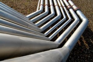 Implementing The Pipes and Filters Pattern using Actors in Akka for Java