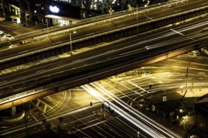 How to bring fast data access to microservice architecture with in-memory data grids