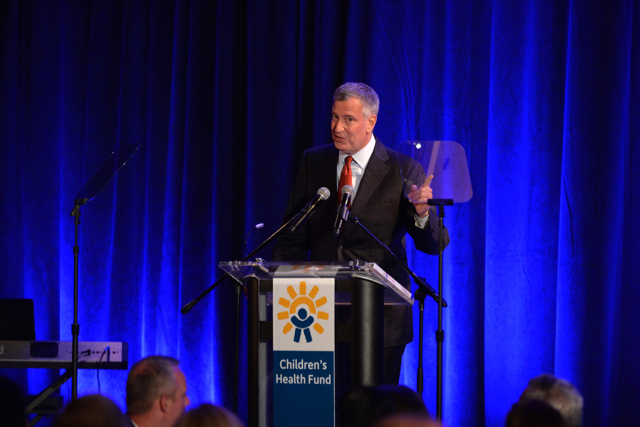 Mayor Bill de Blasio, seen here at the Children's Health Fund Annual Gala, has been cleared of any campaign finance violations. Photo Andrew Toth/Getty Images
